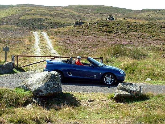 Taken during our trip to the Callander Classic in 2003, with Roger Pratten in the passenger seat.