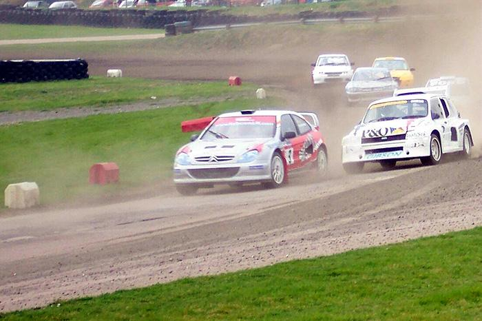 Lawrence Gibson's 6R4 was driven beautifully at Lydden on Easter Monday - the highlight being a move from third to first at Chesson's Drift.