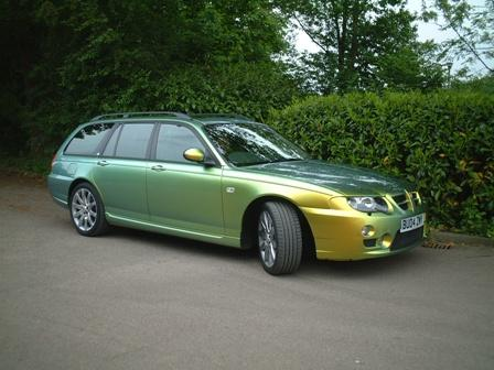 You don't see many in this colour! It's got everything and drives like a Jag.