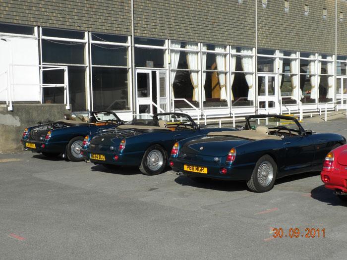3 Caribbean Blue Rv8's